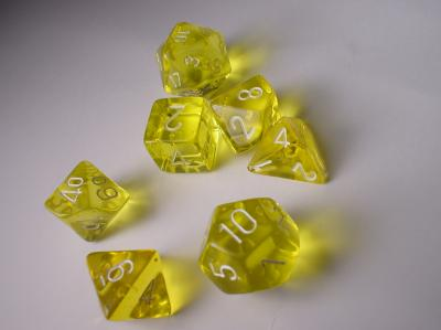 Chessex Dice Sets: Yellow/White Translucent Polyhedral 7-Die Set